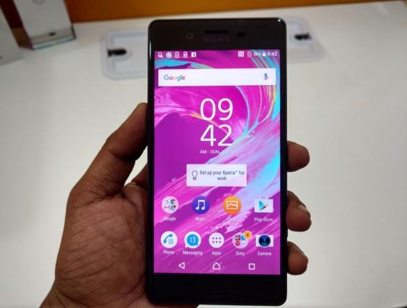 Sony Xperia X Review [Hands on]: It's got equal share of hits and misses