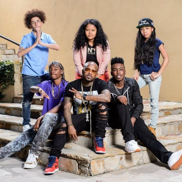 Jermaine Dupri with the cast 'The Rap Game'