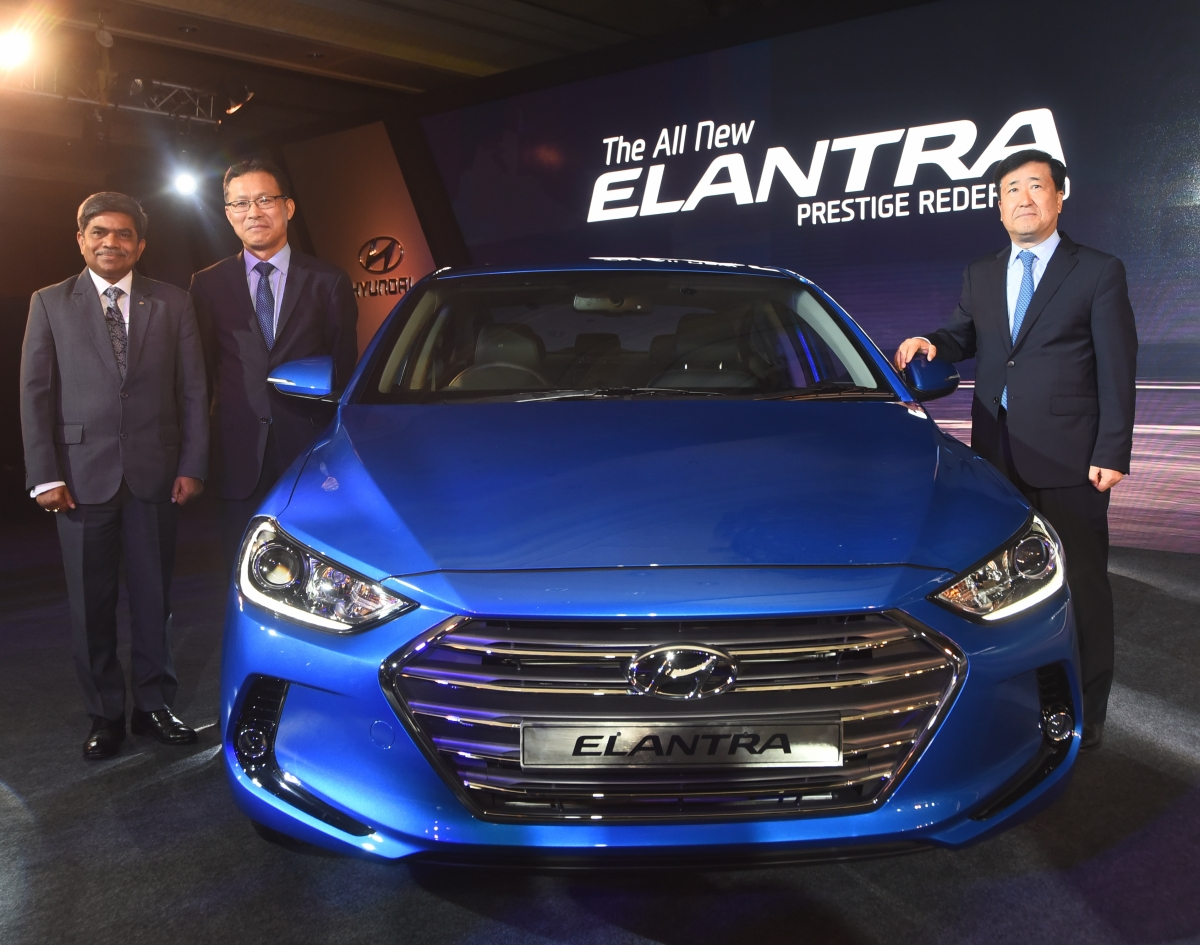 new hyundai elantra full specifications price list features and all you need to know. Black Bedroom Furniture Sets. Home Design Ideas