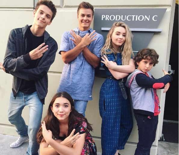 girls meets world cast The youngest member of the matthews family is all grown up boy meets world fans will get to see baby joshua as a teen in disney spinoff, girl meets world.