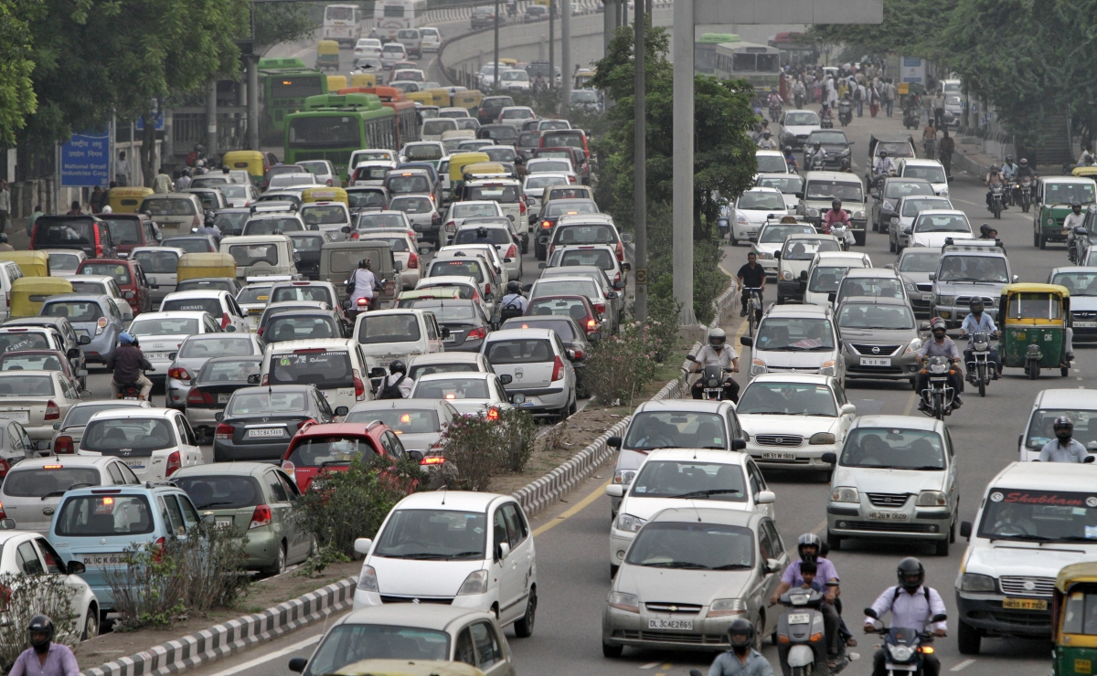 India adds 94 lakh vehicles to  its roads in 5 months - International Business Times, India Edition