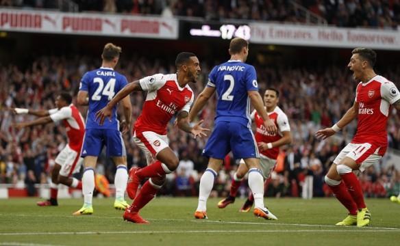 Theo Walcott Mesut Ozil Arsenal Chelsea