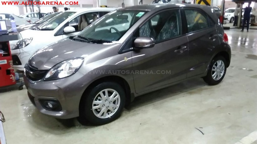 2016 honda brio facelift spotted again launch likely soon for Honda brio price in india