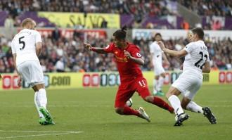 Roberto Firmino Liverpool Swansea City Angel Rangel