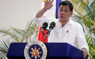 Philippines: Duterte says God warned him off swearing