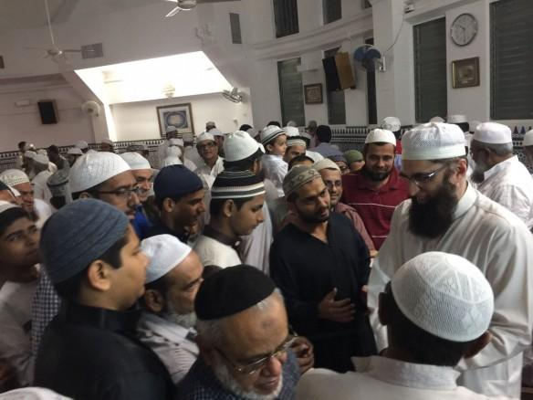 Junaid Jamshed with his followers in Panama