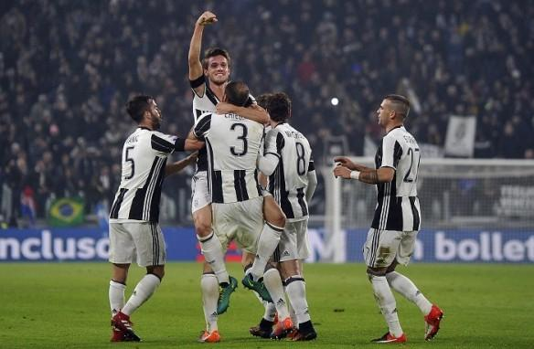 Juventus will be looking to extend their lead at the top of the Serie A table.
