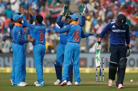 India, England, 2nd ODI, Dhoni, Dhawan