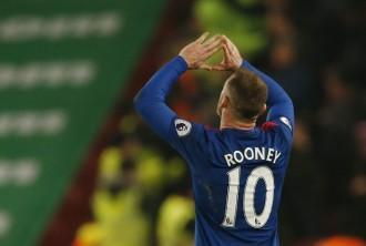 Wayne Rooney, Sir Bobby Charlton, Manchester United all time top scorer, Manchester United, Premier League, Stoke City vs Manchester United