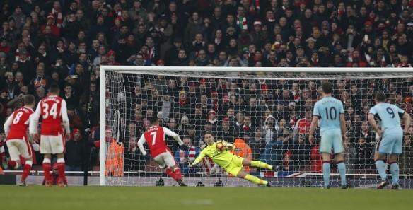 Arsenal, Arsenal beat Burnley, ALexis Sanchez, Emirates, penlaty