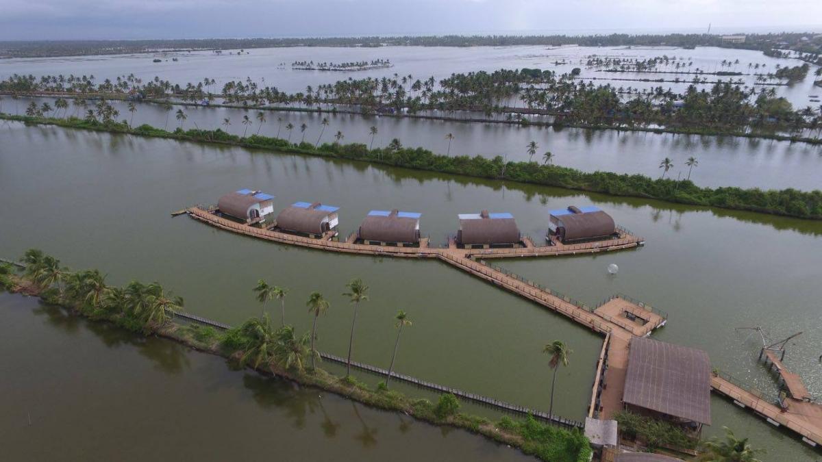 Village Auto Body >> Kumbalangi Aquatic Floating Resort: An ideal underwater ...