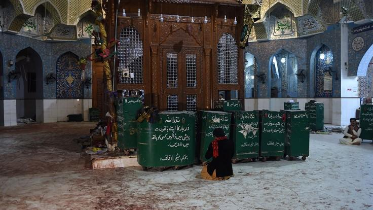 75 killed in Sufi shrine suicide attack in Pakistan