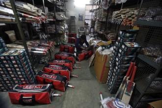 Cricket bats, Cricket kit, willow, IPl 2017, IPl 2017 auction