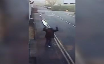 Heartwarming footage of homeless man celebrating permanent job offer and first pay check