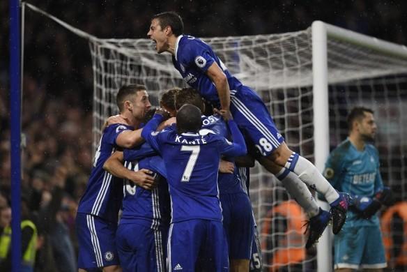 Premier League, Premier League results, Chelsea defeat Swansea, Everton defeat Sunderland, Cesc Fabregas, Pedro, Diego Costa