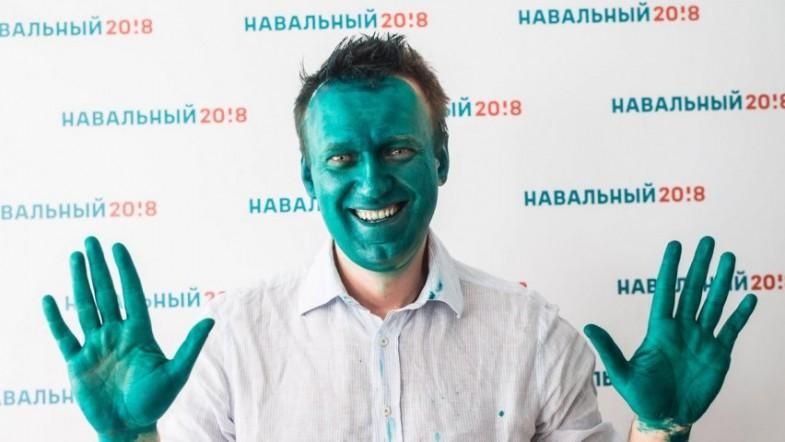 Vladimir Putin critic and presidential rival Alexei Navalny attacked with green liquid