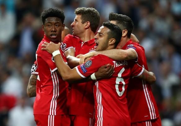 Bayern Munich, Alaba, Thiago, Muller, Borussia Dortmund