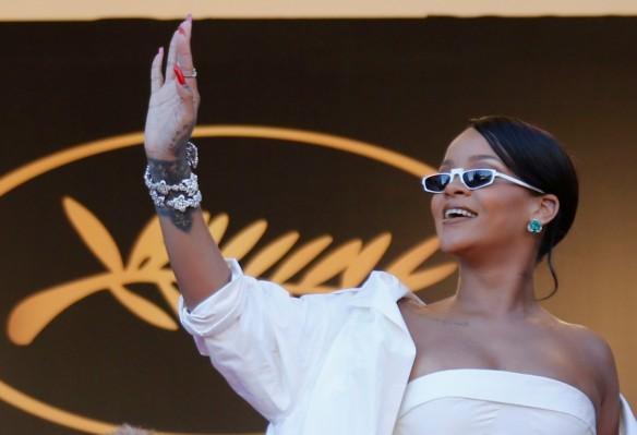 Rihanna cannes 2017