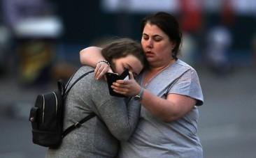 Celebrities share messages of sadness and support following Manchester explosion