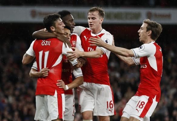 Arsenal, Ozil, Sanchez, Welbeck, Holding