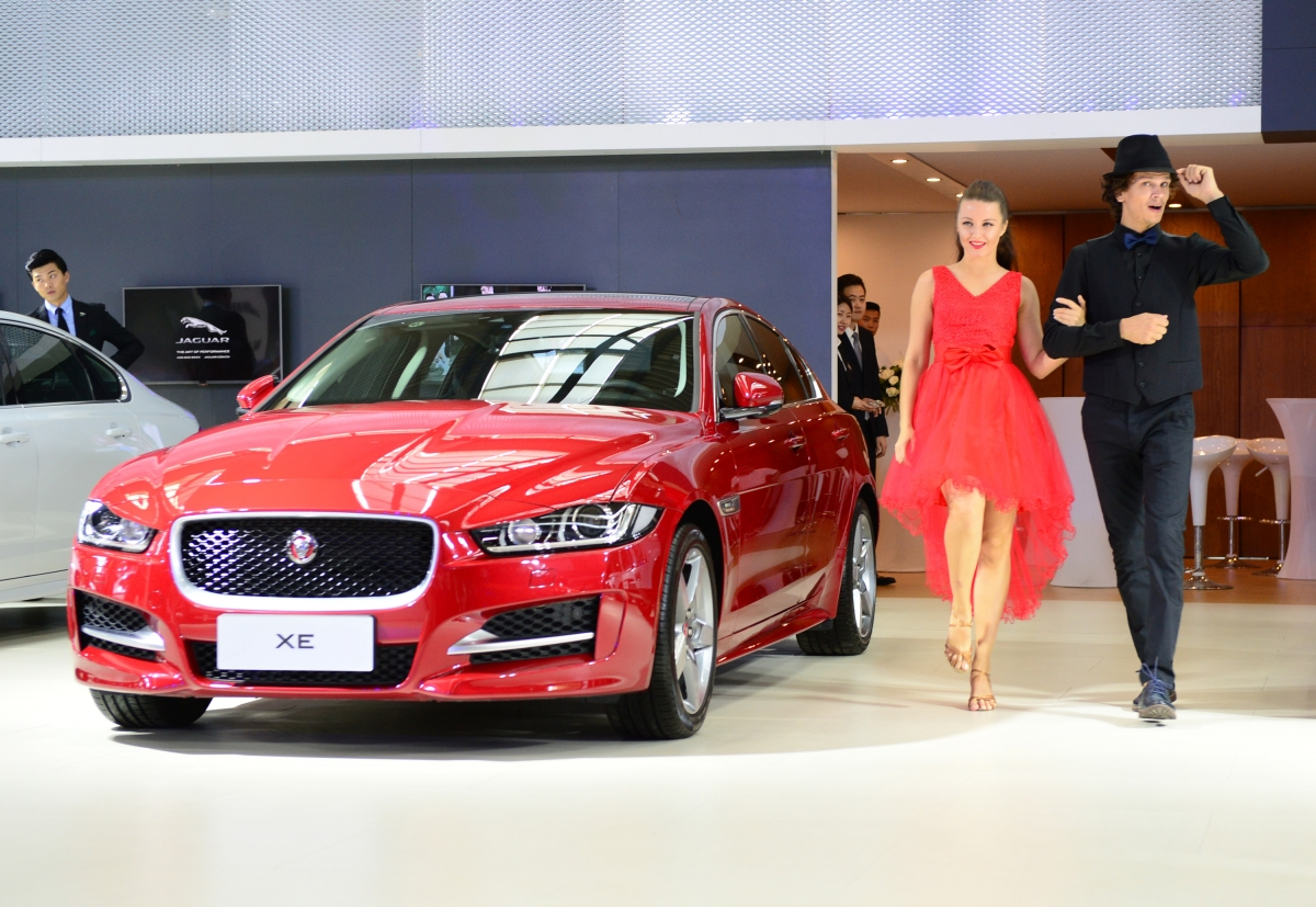 Jaguar Land Rover Volume Sales Rise In May Watch Video Of