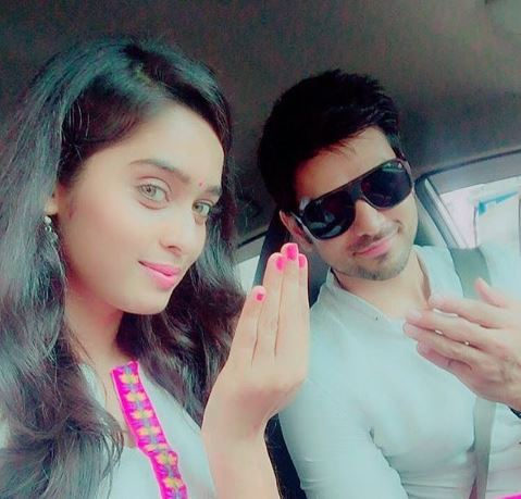 shakti arora and neha saxena dating Saas bahu aur saazish: see tv actors shakti arora and neha saxena's marriage pictures subscribe our youtube channel here:.