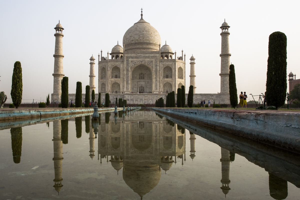 short information on taj mahal Taj mahal is one of the most beautiful monuments in india built by shah jahan in memory of his wife mumtaz, it is an iconic symbol of love let's have a look at its history, architecture, facts of taj mahal.