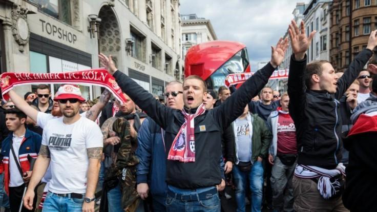 FC Köln fans storm London streets in spectacular video