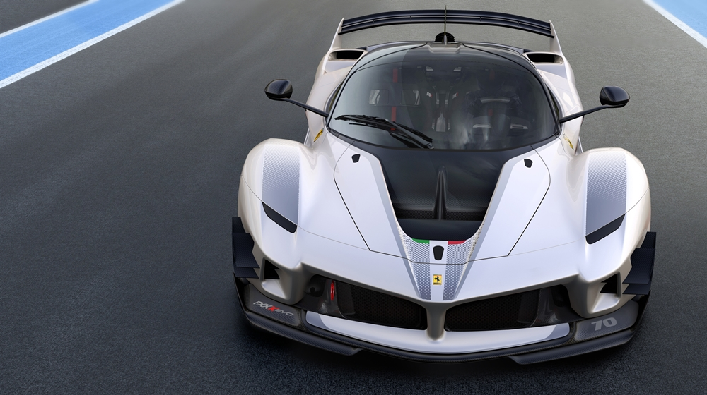 ferrari fxx k not extreme enough the fxx k evo will stop you complaining. Black Bedroom Furniture Sets. Home Design Ideas