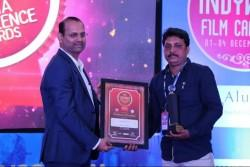 IBTimes India Special Correspondent Mr. Shekhar H Hooli was honoured with Indywood Media Excellence Award 2017