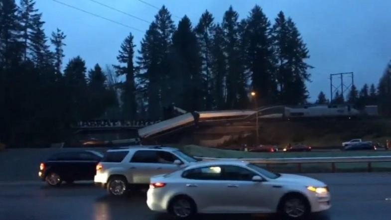 At least 3 dead, 100 injured as Amtrak train derails and spills onto the highway in Washington state - IBTimes India