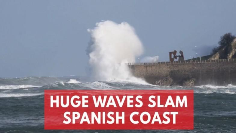 26ft-Tall Powerful Waves Lash Spanish Coast As Storm Bruno Approaches