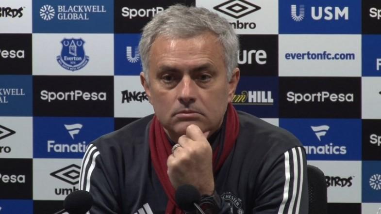 Mourinho challenges Paul Scholes to be as successful as him if he becomes manager