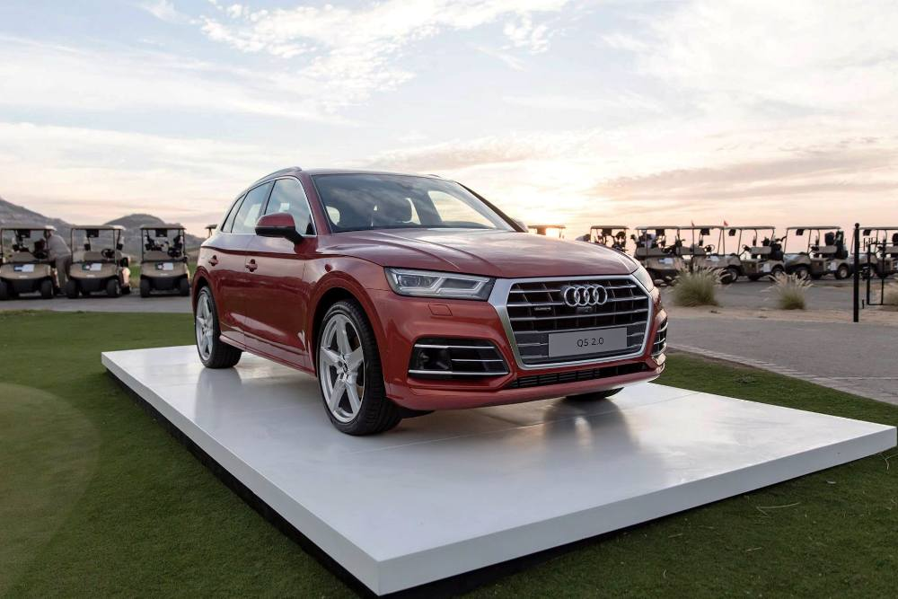 2018 audi q5 launched in india at rs lakh what 39 s new in 2nd gen premium suv. Black Bedroom Furniture Sets. Home Design Ideas
