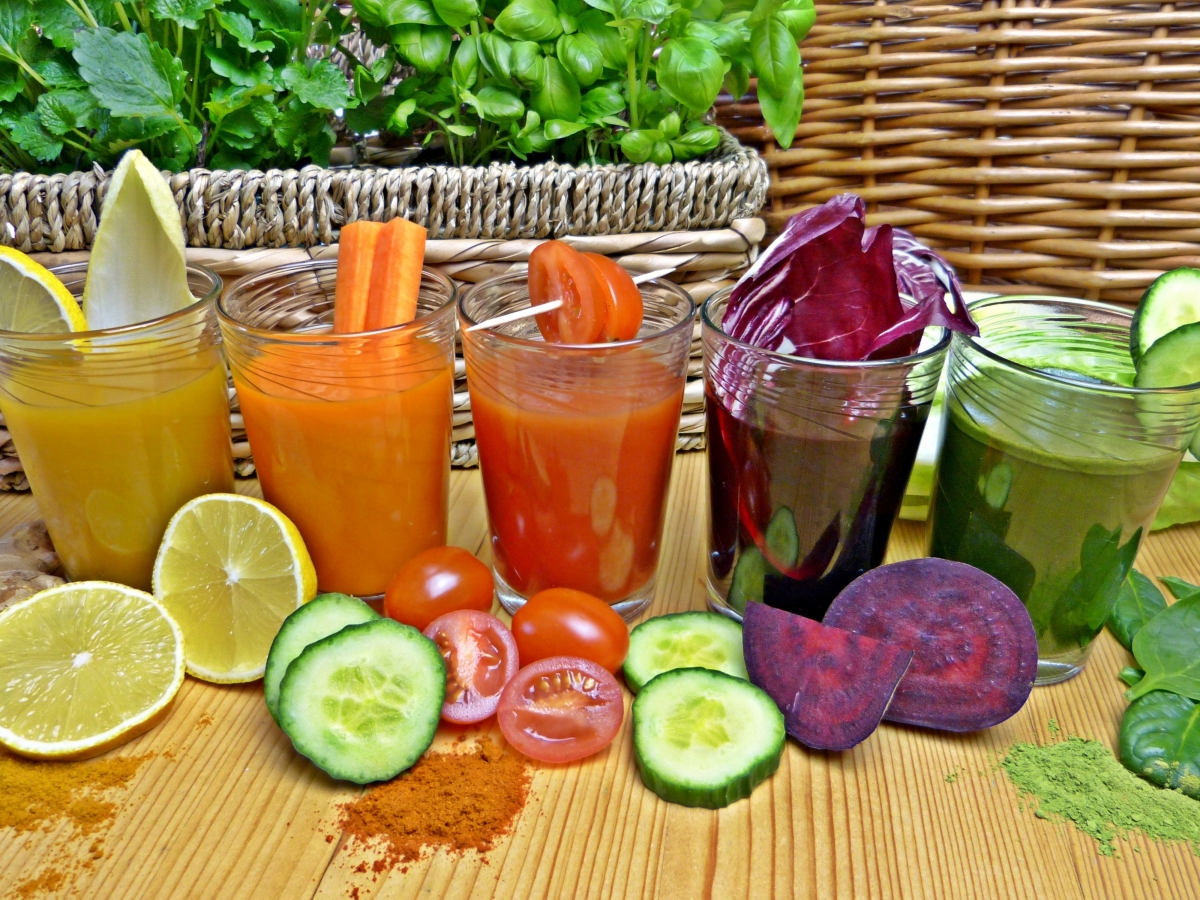 How can fresh juices trigger weight gain? Experts says