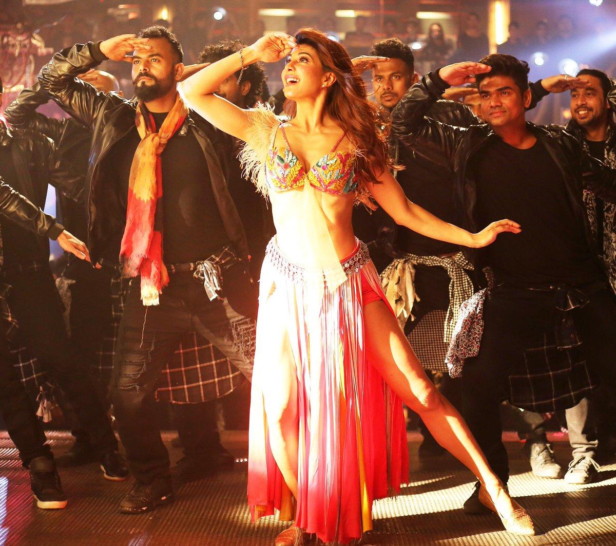 Ek Do Teen Song Baaghi 2 Download Pagalworld: Jacqueline's Ek Do Teen Song: Another Mohini Like Madhuri
