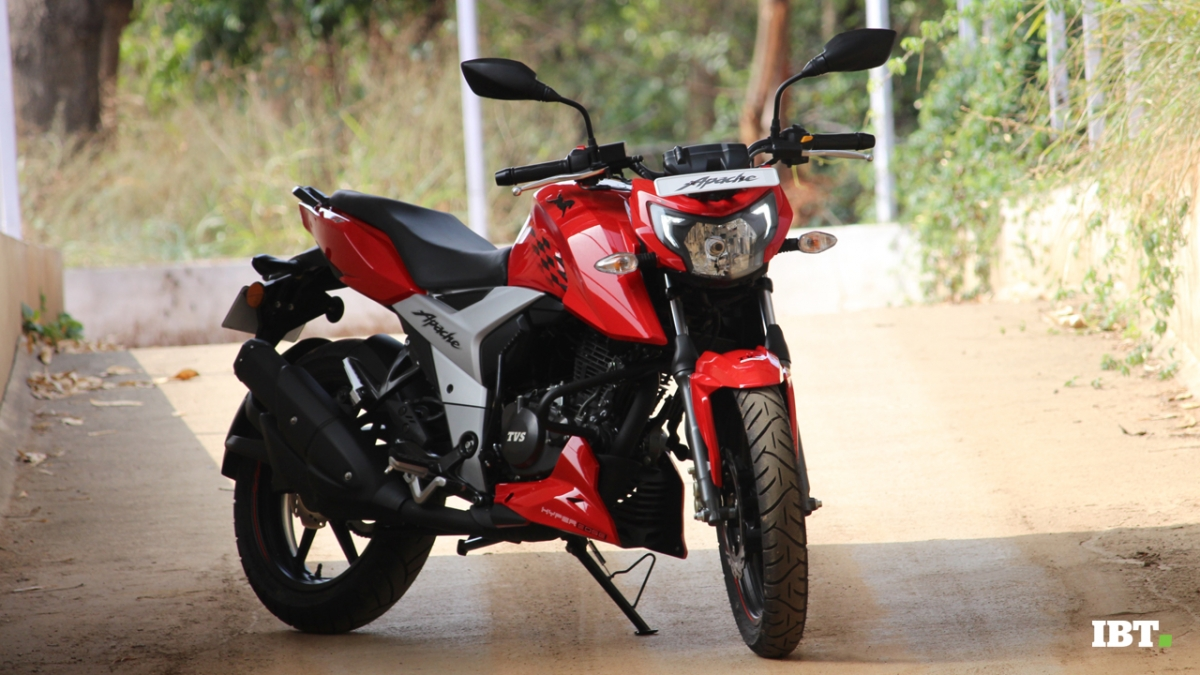 Tvs Apache Rtr 160 4v Test Ride Review Race Machine Redefined