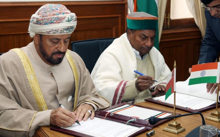 A K Antony and Badar bin Saud bin Harib al Busaidi