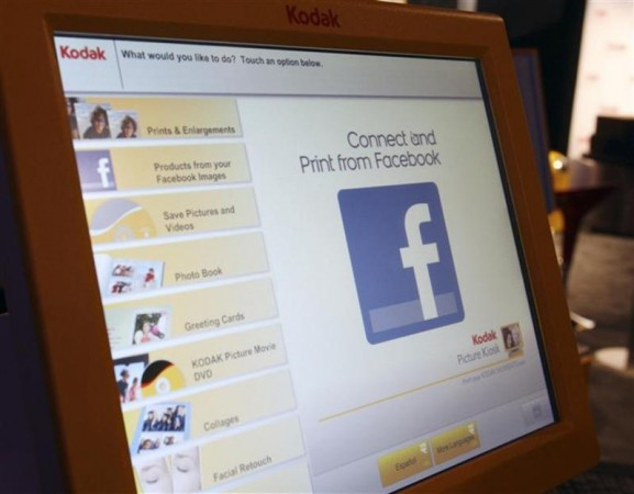 Facebook Flags Serious Concerns amidst Growing Account Numbers that Approach the Billion Mark