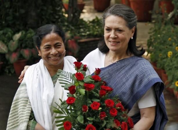 Mamata Banerjee, Sonia Gandhi