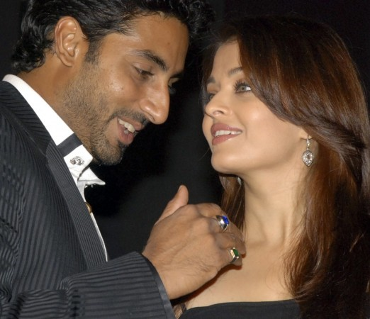Bollywood actress Aishwarya Rai and her husband, actor Abhishek Bachchan. REUTERS/Manav Manglani