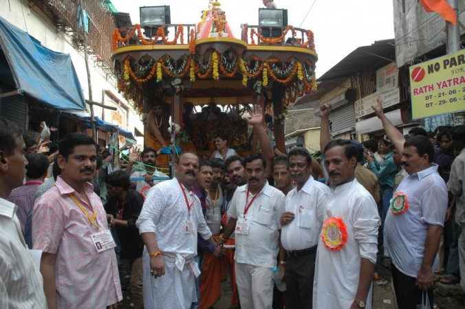 Temple's President Ramesh-Chandramuni, Secretary Braj Kishore paying homage to Lord Jagannath.