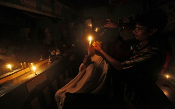 India power failure hits 600 million