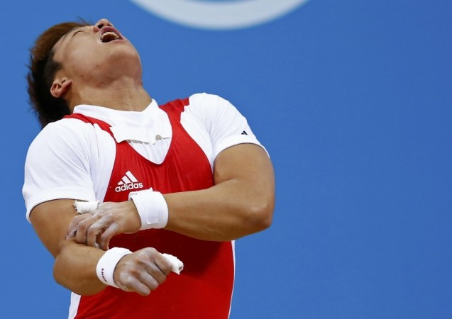 South Korean Weightlifter Champion Sa Jae-hyouk Elbow Dislocated