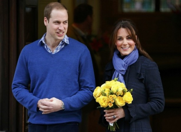 Prince William leaves the King Edward VII hospital with his wife Catherine, Duchess of Cambridge, London December 6, 2012. The nurse who took a prank call revealing details of Kate's pregnancy was found dead a day after Kate left the hospital. (Photo: REU