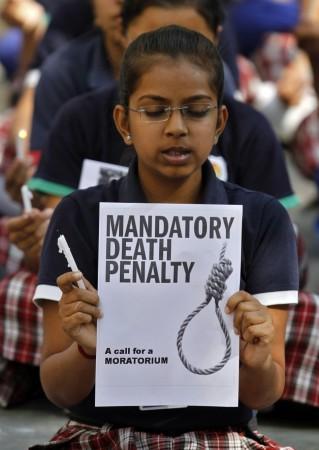 7-year-old Raped in Delhi's Municipal School; Protestors Pelt Stones, Damage Bus
