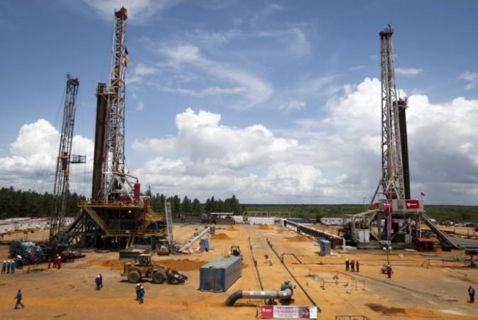 World Crude Oil