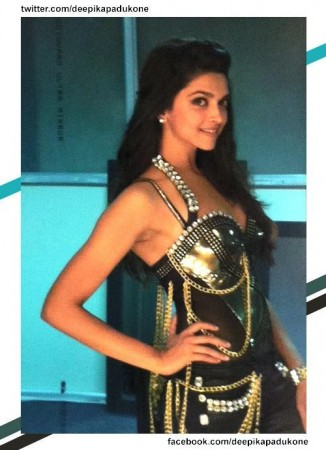 Deepika Is to star as Mastaani and Katrina will play Kashibai in Bajirao Mastani