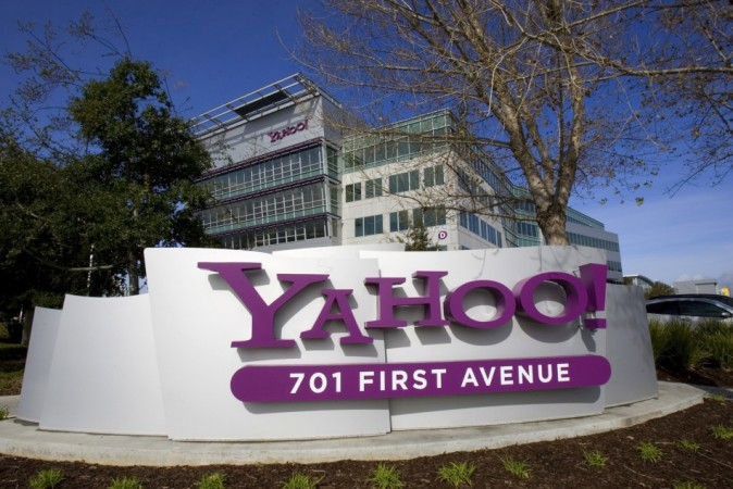 Yahoo's New Warning: Upgrade and Get Email Scanned or Delete Account