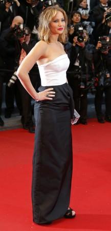 Sizzling Summer Single Celebrities: From Selena Gomez to Kristen Stewart